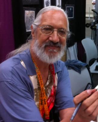 A photo of the artist Steve Leialoha
